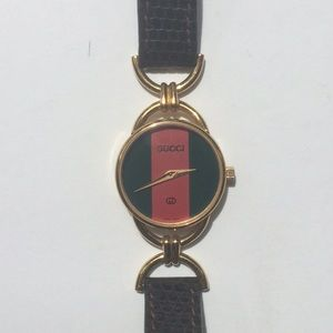 GUCCI watch ~working,new battery~